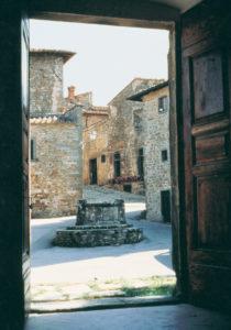 Piazza della Citerna in Volpaia